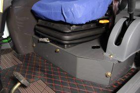 Nakladač ZL 08 podlaha