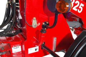 Kolový Nakladač HZM 825 Detail Nádrž