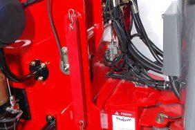 Nakladač HZM 825 Detail Aretační Páka
