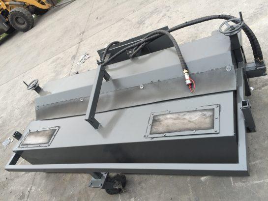 Kartáč na vozovku s pevným zásobníkem ZL 825