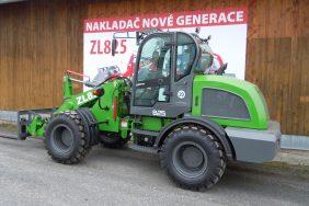Nakladac ZL825 Zeleny 2