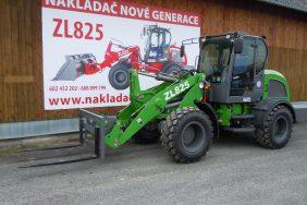 Nakladac ZL825 Zeleny